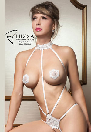 Body blanc string ouvert Cachou luxe
