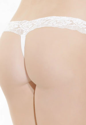 String blanc satiné en dentelle extensible